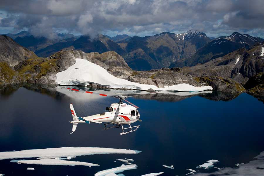 helicopter tour South Island itinerary 10 days