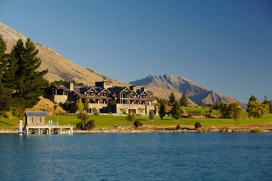 Blanket Bay Lodge luxury lodges Queenstown New Zealand honeymoon resorts