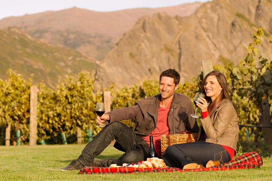 Brennan Vineyard picnic wine tours Queenstown wineries wine tasting vineyards New Zealand romantic getaways South Island