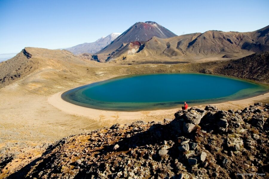 tongariro alpine crossing new zealand lord of the rings tour